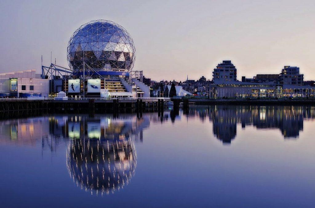 30 Dômes Géodésiques Incroyables - Telus Sphere – World of Science de Vancouver