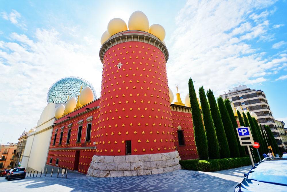 30 Dômes Géodésiques Incroyables -Le Dôme de verre au Musée Dali